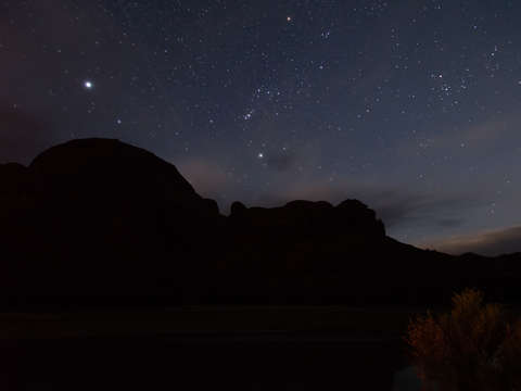 Night-sky-over-moab