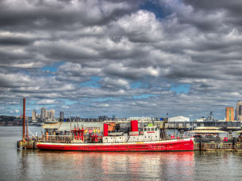 Fireboat on the hudson