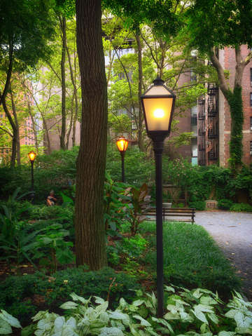Tudor city 2 streetlamp series