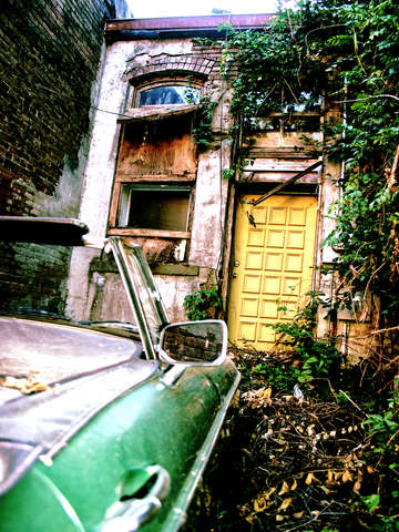 Car-in-an-alley