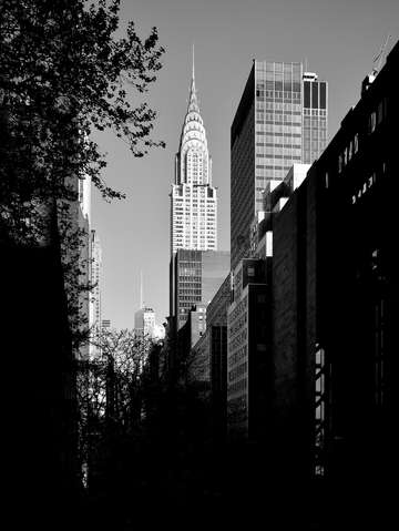 City noir the chrysler building 2