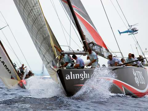 Ameircas cup alinghi sails up wind in valencia spa