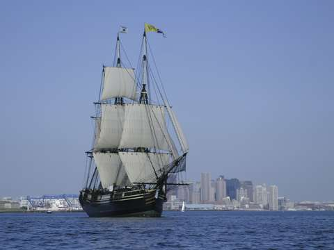 Friendship of salem leaves boston