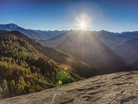 Sunrise over the western divide sequoia national p