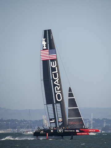 Americas cup racing oracle team