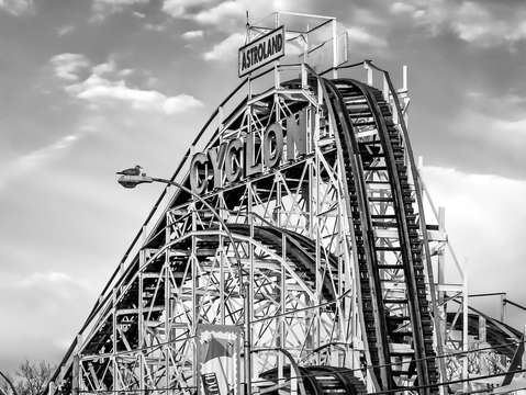Astroland cyclone 6422bw