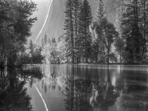 Merced river in spring flood