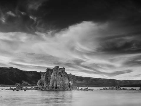 Sunset on mono lake