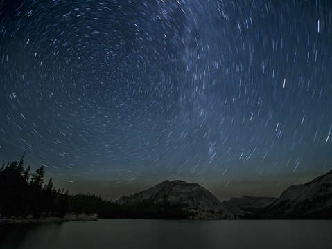 Stars over tenaya lake 2