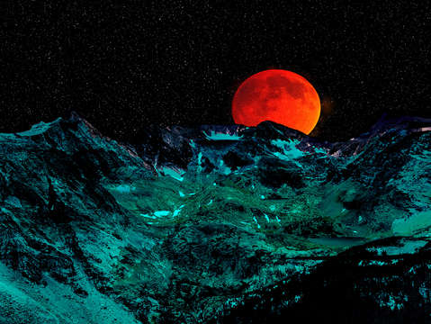 Blood moon over the rockies