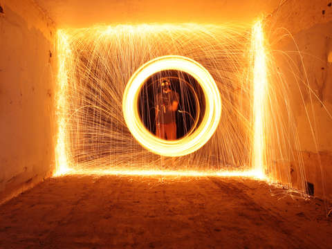 Burning steel wool in a tunnel