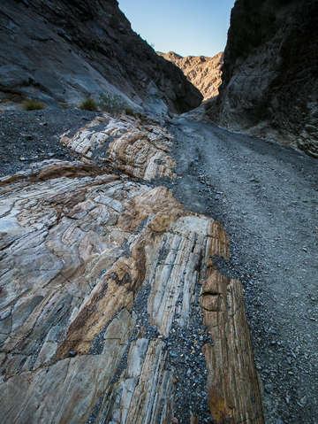 Mosaic canyon colors