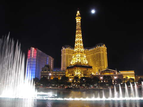 Eiffel tower of las vegas 2