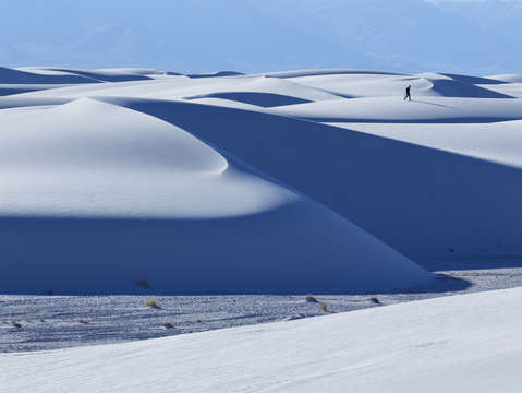 White sands walk