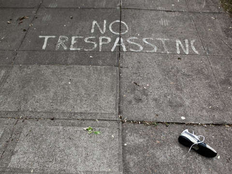 No trespassing 2
