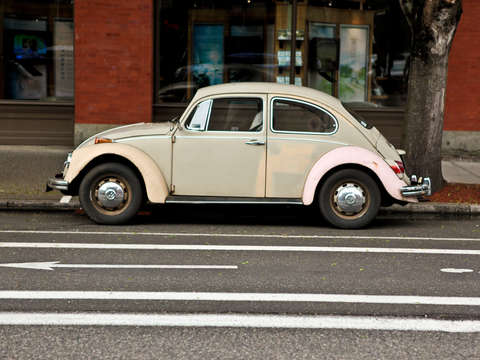 Vw beetle downtown portland