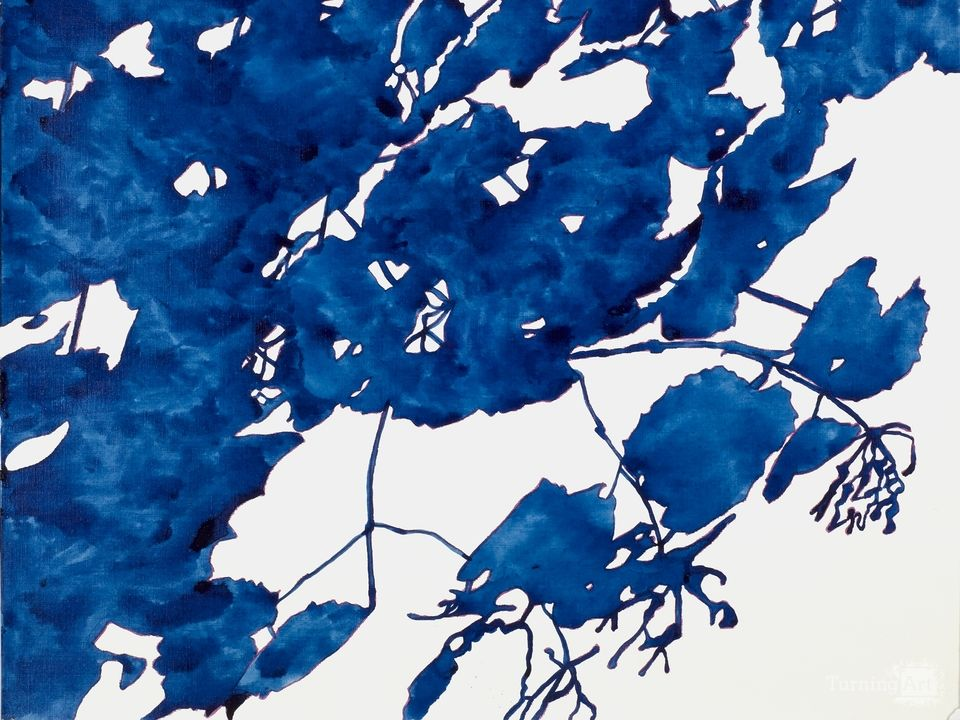 Royal blue leaves
