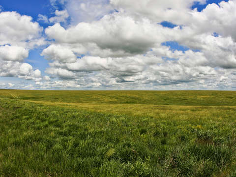 Big sky over fort pierre national grassland