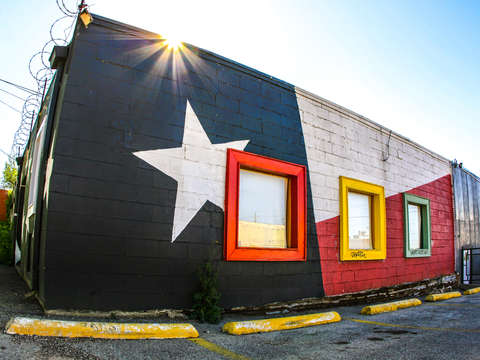 Building painted like the texas flag
