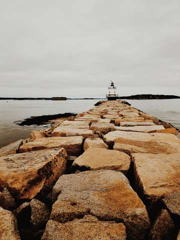 Spring ledge light