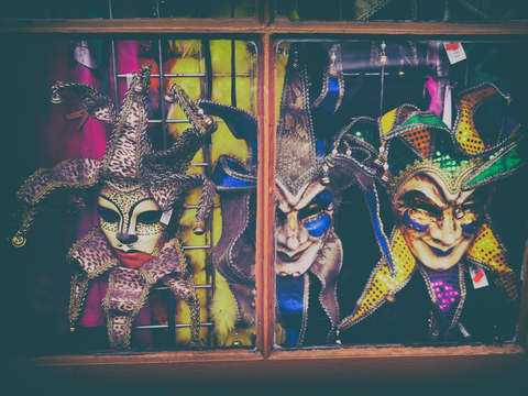 Mardi gras window