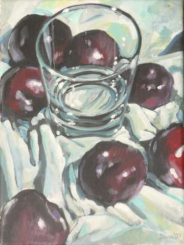 Waterglass with plums