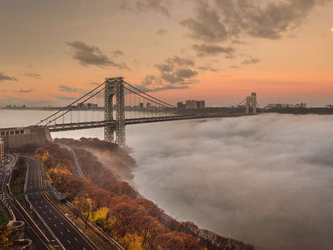 Early morning fog under the gwb