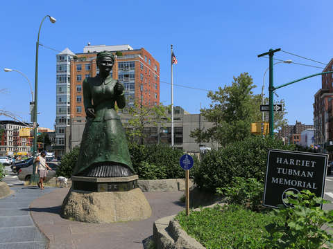 Harriet tubman 2 harlem nyc new york
