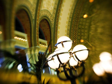 Union station st louis globe lights 2