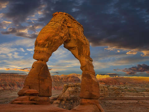 Delicate arch at daybreak