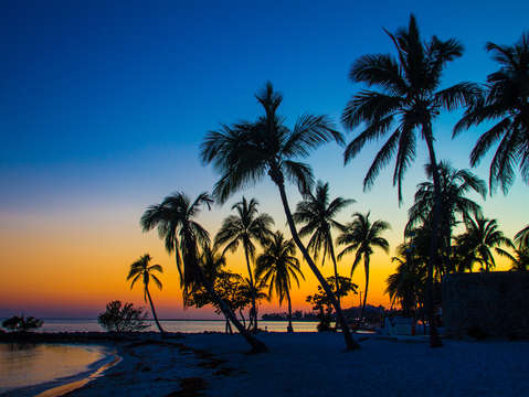 Sunset on smathers beach in key west florida