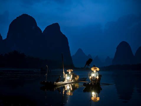 Cormorant fishermen on the li river at night 16x10