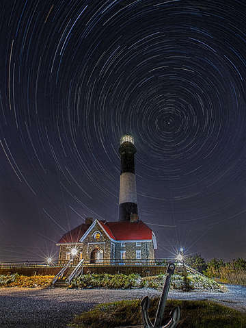 Interplanetary lighthouse
