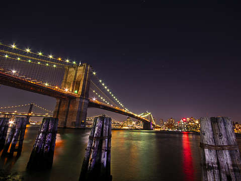Brooklyn bridge perspective 1