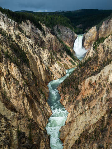 Yellowstone national park 4