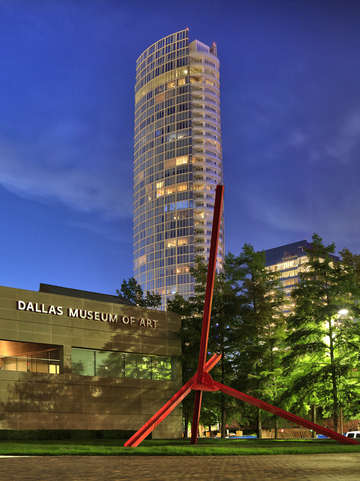 Dallas museum of art rear