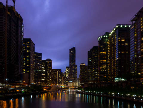Lightning over chicago river