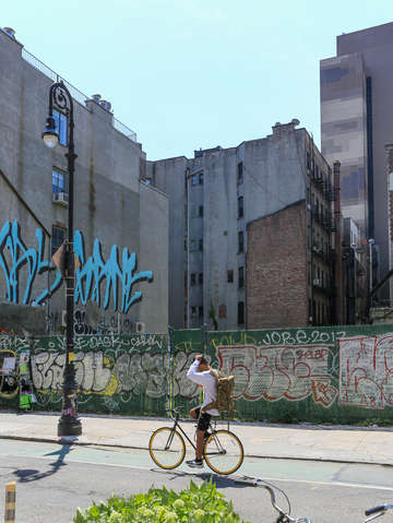 Bike ride along the lower east side nyc