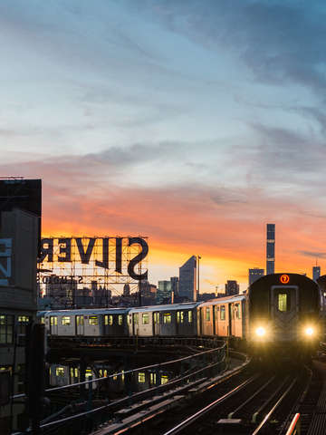 7 train at sunset