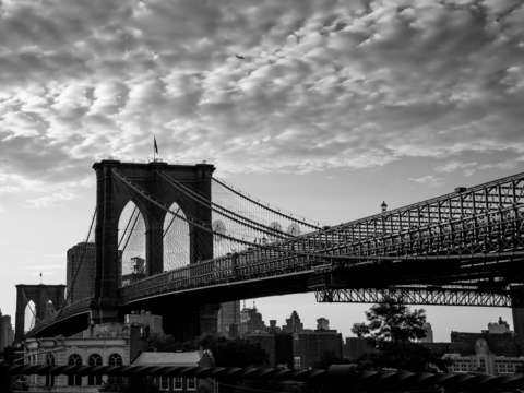 Rare view of the brooklyn bridge