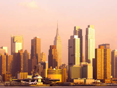 Skyline of manhattan at sunset