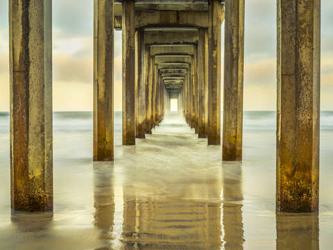 Perfect repetition scripps pier