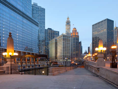 Chicago riverwalk 3
