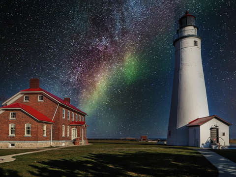 Northern Sky Lighthouse IMG_3672