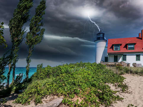 Storm at point betsie lighthouse img 2623