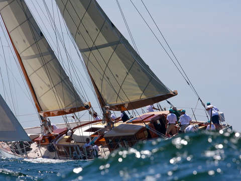 Summerwind in the swell 2009 newport bucket regatt
