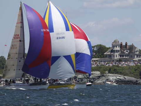 Newport to bermuda down wind start