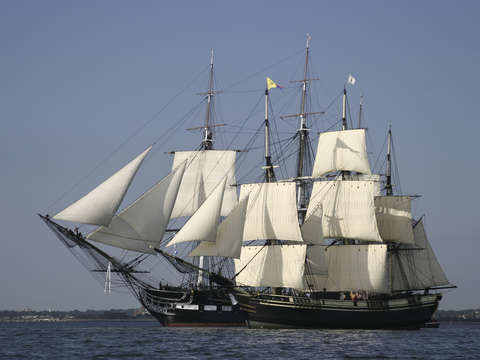 Uss constituton the friendship of salem