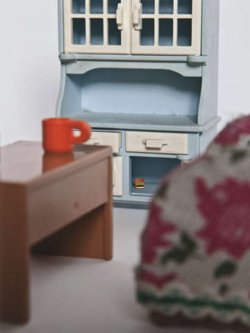 Tiny furniture 13